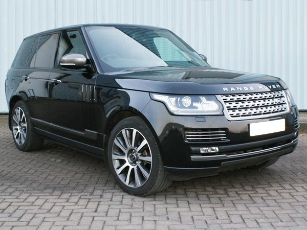 Chauffeur Driven Range Rover Autobiography